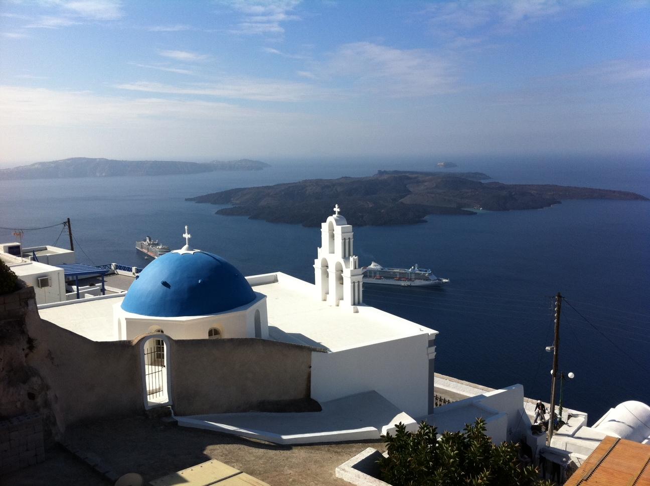 Retirement Travel In Santorini - What Does Early Retirement Feel Like?