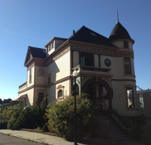 Victorian Mansion In San Francisco