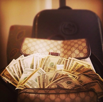 allure-of-money