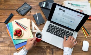 How much do bloggers make a year? A lot more than you think!