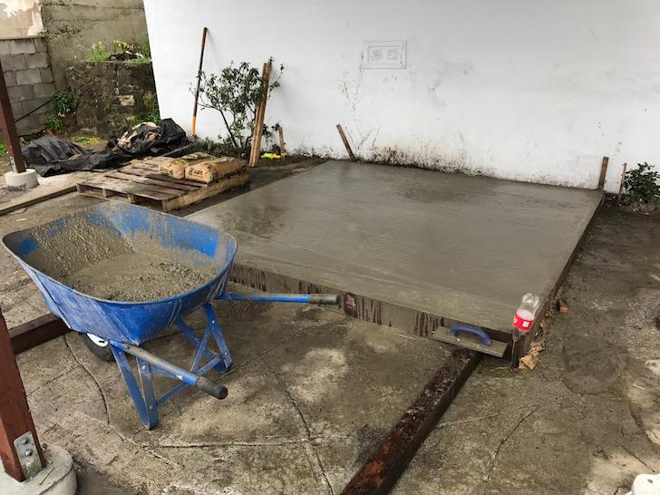 Hot tub cement platform