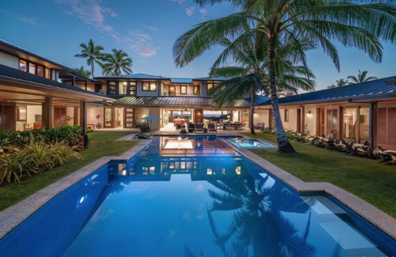 What it's like living an a luxurious beach front home