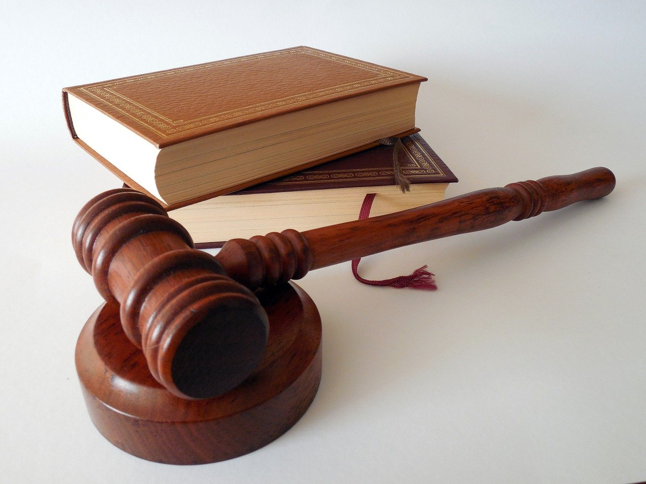 Why You May Need A Real Estate Lawyer